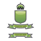 Green shield crest. A glossy green blank shield emblem Royalty Free Stock Photography
