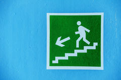 Green sign evacuation Royalty Free Stock Images