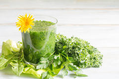 Green smoothie with dandelion Stock Photography