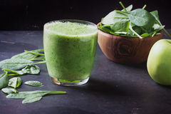 Green Smoothie preparation royalty free stock images