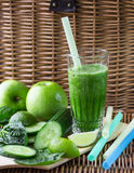 Green smoothie of spinach, Apple, cucumber and lime Royalty Free Stock Images