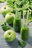 Green smoothie with spinach and apples Royalty Free Stock Photo