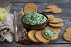 Free Green Spinach Dip With Cream Cheese, Garlic And Spices Stock Photo - 122193750
