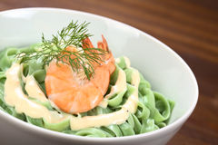 Green Tagliatelle with Cream Sauce and Shrimp Royalty Free Stock Photos