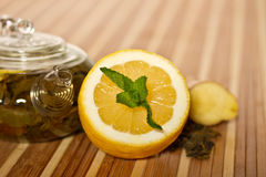 Green tea with mint and lemon Royalty Free Stock Images