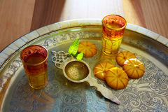Green tea with mint Moroccan style on silver tray Royalty Free Stock Photography