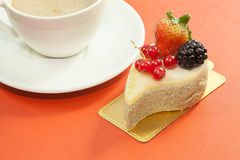 Green tea mouse cake with mixed berry fruits Stock Images