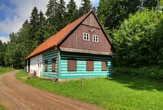 Green timbered cottage Royalty Free Stock Photos