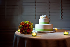 Green and White wedding cake on Table Royalty Free Stock Photo