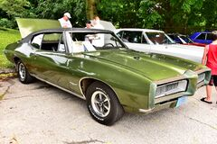 Free Green With Black Vinyl Top Pontiac GTO From 1968 Royalty Free Stock Photo - 180146065