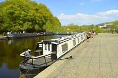 Greenfield Hudderfield przesmyka Kanałowe barki wewnątrz Oldham zdjęcia royalty free