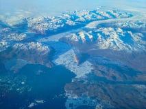 Greenland lodowa przybycie Przez gór morze Obrazy Stock