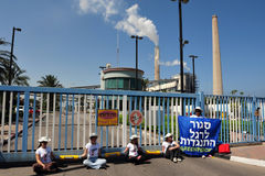 Greenpeace Blocks entry to Power Station in South Israel Royalty Free Stock Image