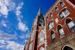 Greenpoint Brooklyn, NY - 08/2/2018 - St Anthony Church St Anthony av Padua - församling för St Alphonsus arkivfoto
