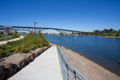 Greenwayen Bikepath parkerar södra strand Portland Oregon Royaltyfria Foton