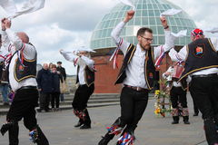 GREENWICH LONDON, UK - MARSCHERA 13TH: söndag för påsk för Blackheath Morris mandansare engelsk mars 13th, 2016 i Greenwich Londo Arkivbild
