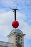 Greenwich-Zeit Ball London Lizenzfreie Stockfotos