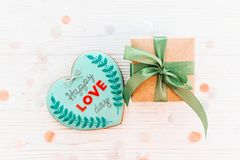 greeting lycklig s valentin för kortdag lycklig förälskelsedagtext på kock Royaltyfria Foton