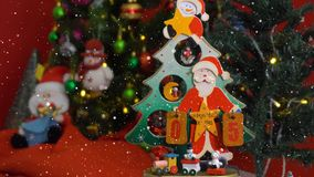 Greeting Season concept.Santa Claus show 5days till Xmas with or Royalty Free Stock Images