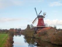 Greetsiel,传统风车 库存照片