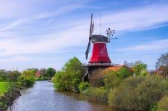 Greetsiel czerwieni wiatraczek Zdjęcie Royalty Free