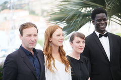Gregoire Monsaingeon, Laetitia Dosch, Leonor Serraille, Souleyma Fotografia Stock