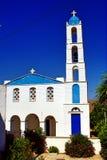 Grekisk ortodox kyrka i den Tinos ön Arkivfoton