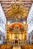 Grekisk ortodox kyrklig interior Arkivbild