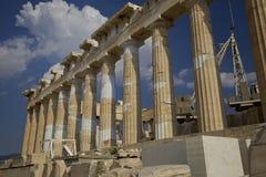 Grekisk Parthenon på akropolen Arkivfoto