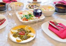 Grekisk sallad med ägg Royaltyfria Bilder