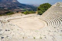 Grekisk teater av Segesta Royaltyfri Bild