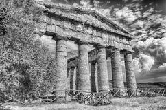 Grekisk tempel av Segesta Royaltyfria Foton