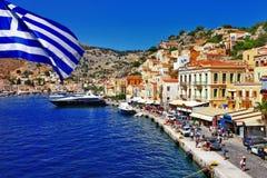 Grekiska öar - Symi arkivfoto