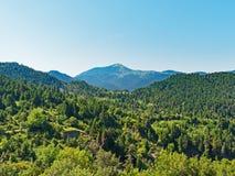 Grekiska berg, grönt landskap royaltyfria foton