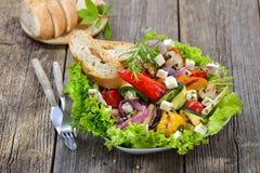Grekiska grönsaker med feta Royaltyfria Bilder
