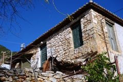 Grekiskt hus för gammal sten Royaltyfri Foto