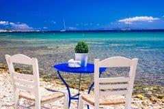 Grekiskt medelhavs- paradis på den Paros ön Arkivfoton