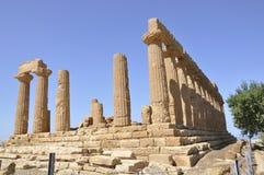 Grekiskt tempel i Sicily. Italien. Royaltyfri Fotografi