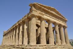 Grekiskt tempel i Sicily. Italien. Arkivbild