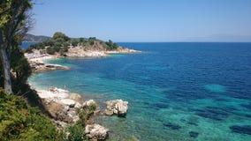 Grekland Korfu ö, Kassiopi strand Arkivfoton