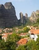 Grekland meteor: hus och vaggar Royaltyfria Bilder