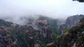 Grekland Meteora: Regn i kloster Royaltyfria Foton