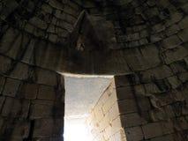 Grekland Mycenae, konstigt fönster royaltyfri bild