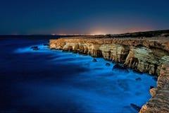 Greko de cap, Chypre la nuit images stock