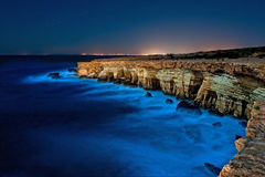 Greko van de kaap, Cyprus bij nacht Stock Afbeeldingen
