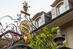 Grelha do ferro fundido com a brasão de Berna Fotografia de Stock
