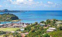 Grenada ö - St George & x27; s - inre hamn och jäkelfjärd Royaltyfri Bild