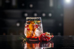 Grenade et cocktail orange images libres de droits