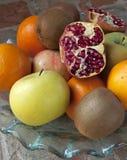 Grenade sur des fruits photographie stock libre de droits