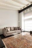 Grenier intérieur et confortable photographie stock